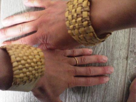 Tressage de bracelet en flax maori Pimprelys