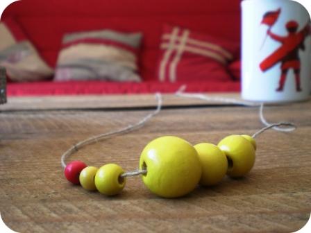 collier perles en bois