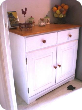 vaisselier blanchi shabby pour la cuisine 1 pimprelys blog diy r cup. Black Bedroom Furniture Sets. Home Design Ideas