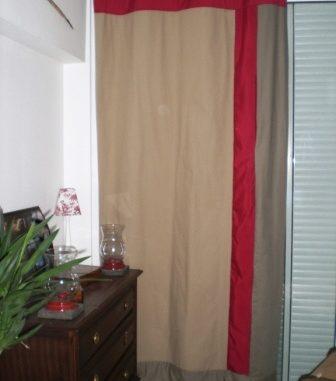 rideaux pour décorer notre intérieur beige et rouge Pimprelys