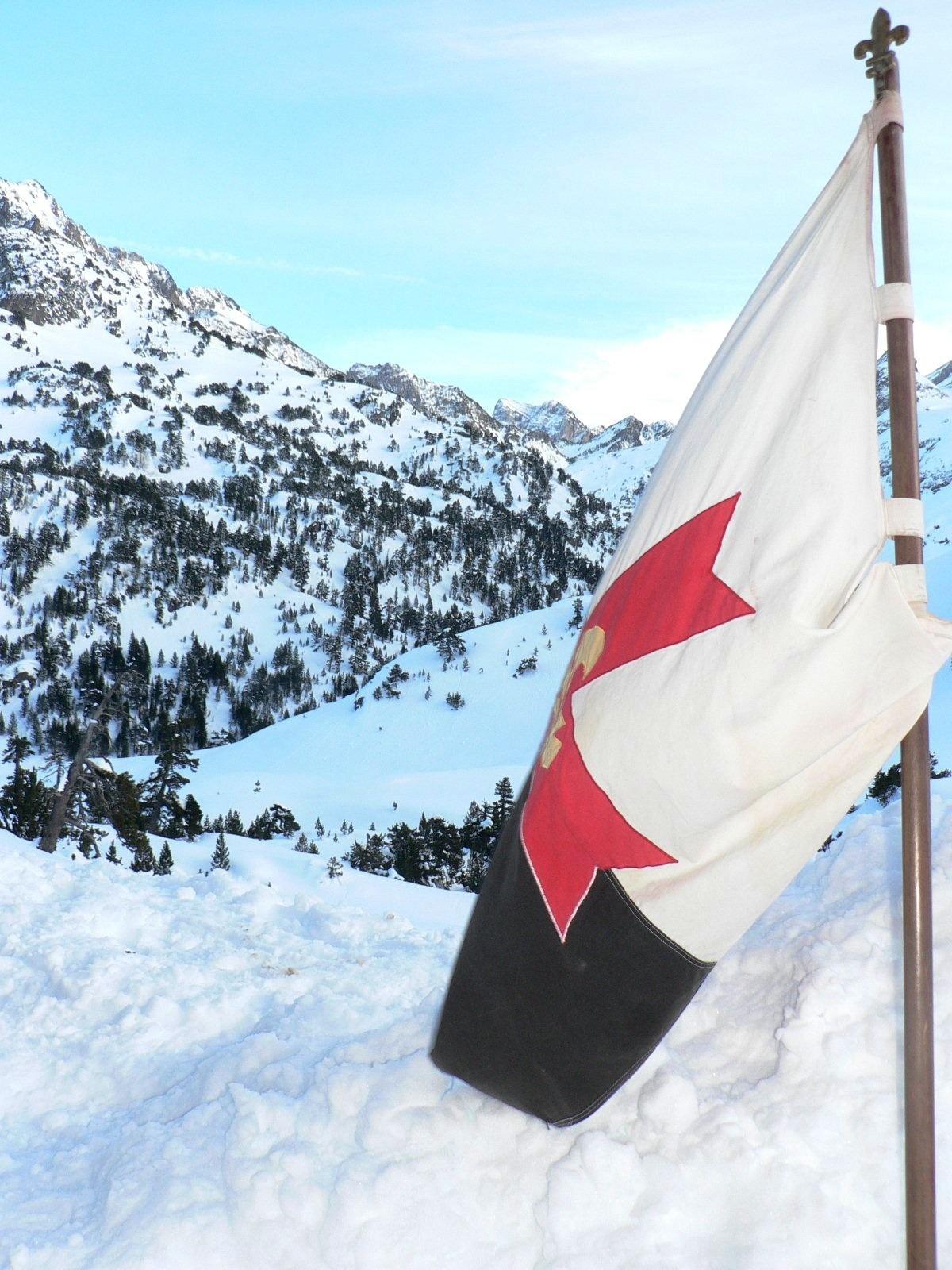 Coudre un baussant Scouts d'Europe