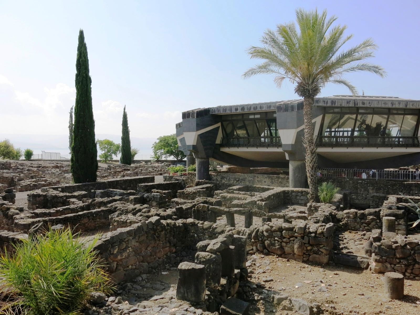 terre sainte israel monuments et lieux église soucoupe volante