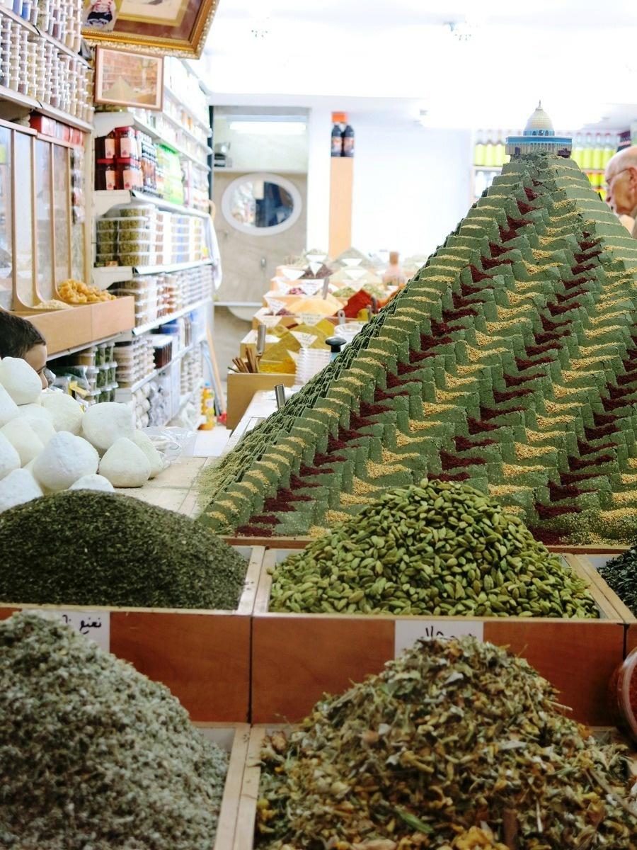 terre sainte en israel Focus Boutique d'épices dans les souks de Jérusalem