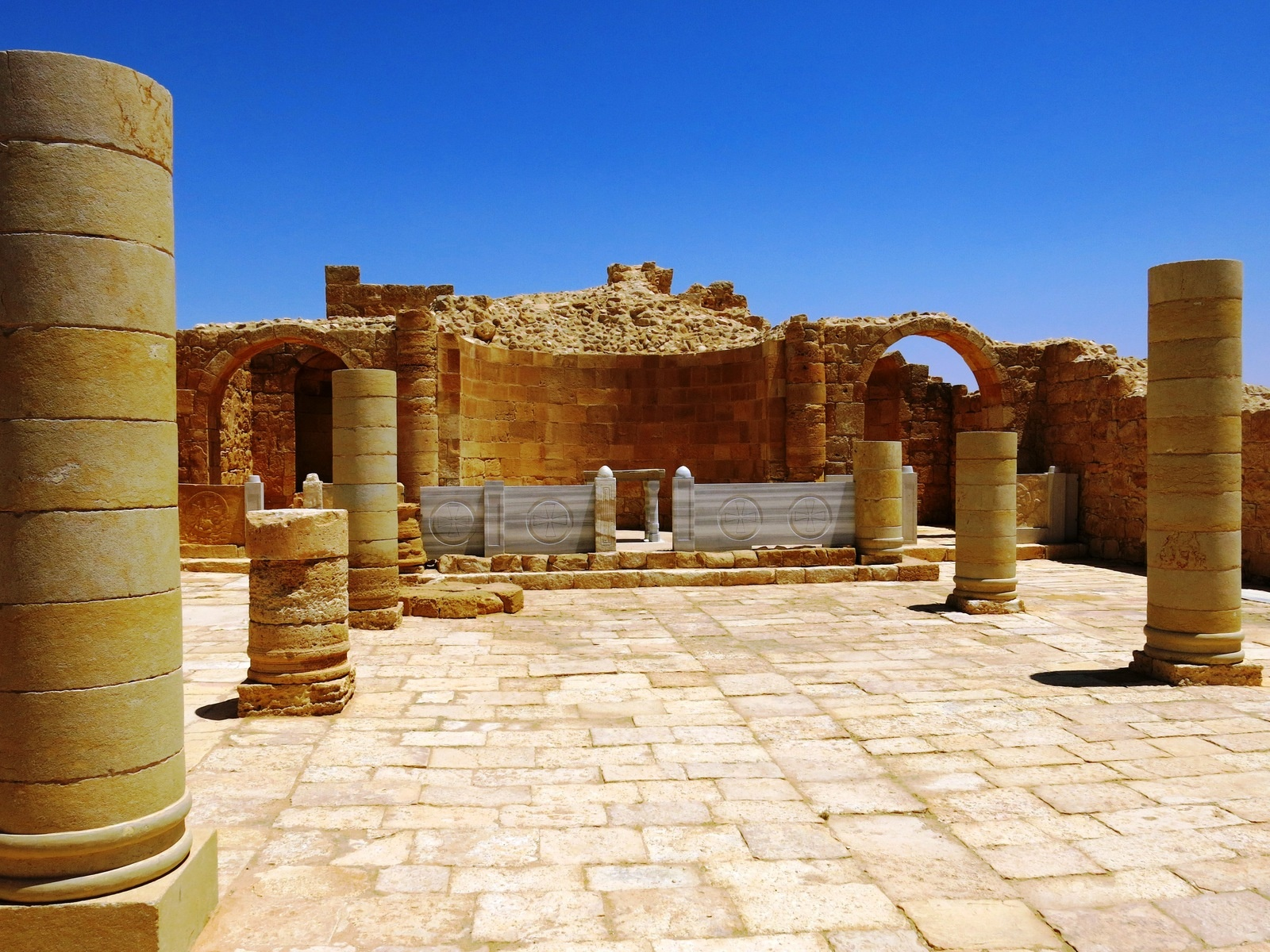terre sainte israel monuments et lieux dans le désert