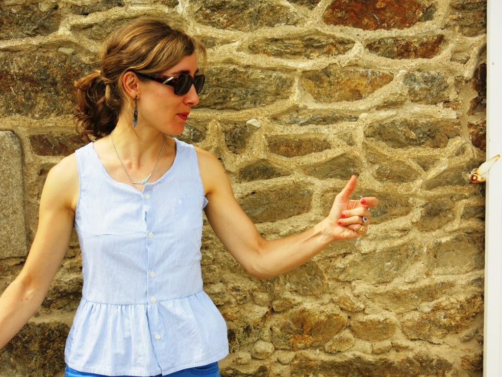 Mon haut à basque avec une chemise d'homme