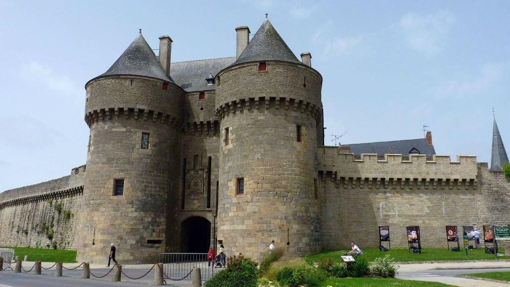 porte médiévale à Guérande