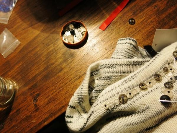 GARDE-ROBE DE GROSSESSE #3 : Customisation d'un pull loose