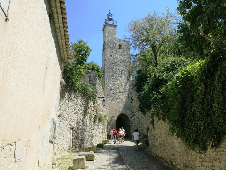 porte-fortifiee-vaison