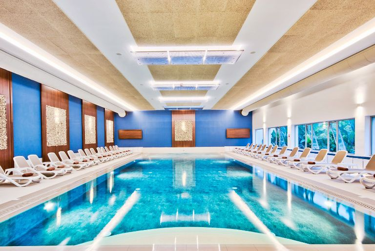 Hôtel Dolmen piscine