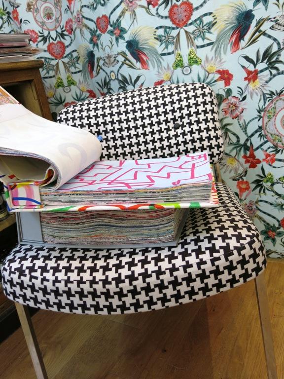 Nuancier et fauteuil