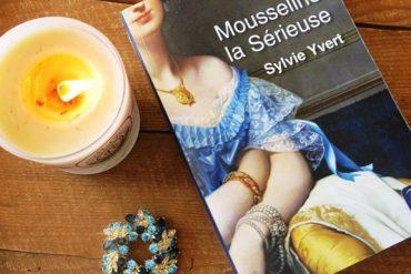 petite joie Livre Mousseline la Sérieuse